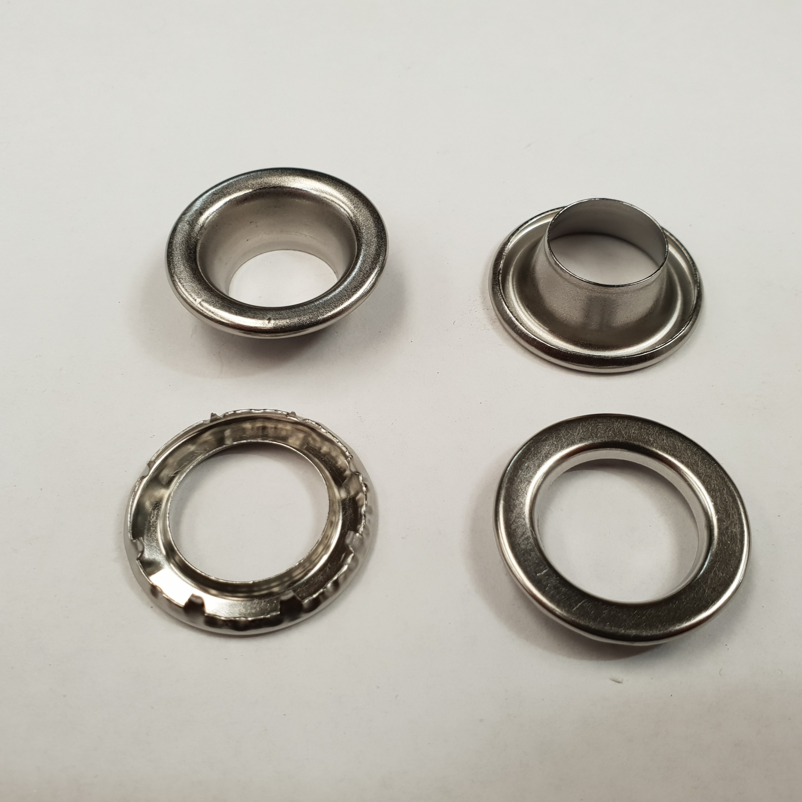 No 4 Stainless Grommets